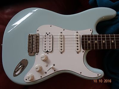 Guitare Electrique  Type Fender Stratocaster    Suhr
