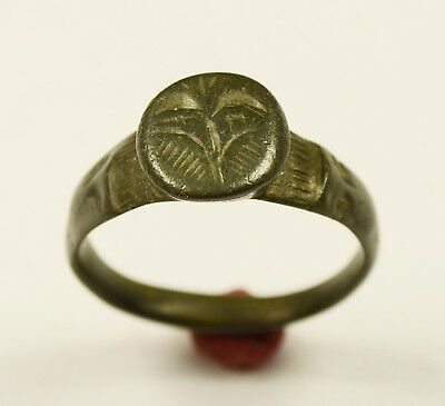 Outstanding Roman Bronze Finger Ring With Great Patina - Wearable