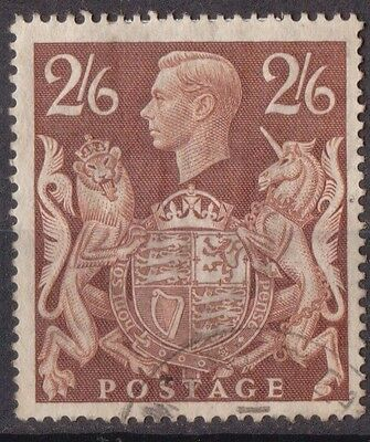 Great Britain King George VI 2/6d Brown SG476 Fine Used.