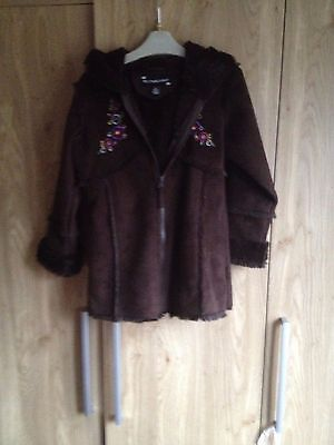 Pretty Girls Sheepskin Coat Age 6 Years,Vgc