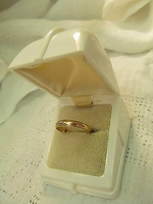 VINTAGE 14K SOLID YELLOW GOLD WEDDING BAND SIZE 7.5 in Deco Ring Box 2.1 Grams