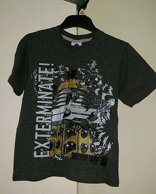 Boys Dr Who Dalek T-Shirt age 5-6 years