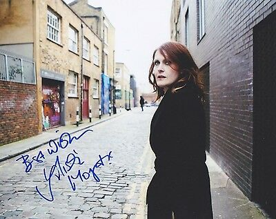 Signed Original Color Photo of Alison Moyet of 1980's Music & TV