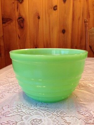 "Jeannette Jadeite Mixing Bowl With Concentric Rings - 7 1/2"" - Dark Jadeite"
