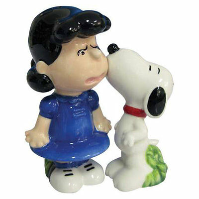 Peanuts Snoopy & Lucy Kiss Salt & Pepper Shakers