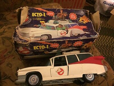 Vintage 1984 Ghostbusters Ecto 1  **With Beat Up Original Box **