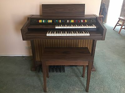 Lowrey Genie 44 Organ Double Keyboard - Perfect Condition & In Working Order