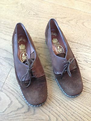 Vintage 1940s style women's brown suede shoes - Size 6
