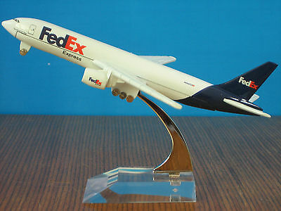 FedEx Express B-777 Airplane Alloy Plane Aircraft Metal Diecast Model Collection