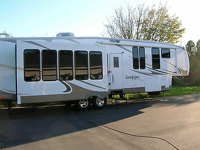 2009 Sandpiper Forest River M-345Ret 5Th Wheel Luxury Camper