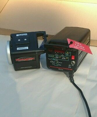 Photogenic Powerlight 2500dr , with Digital Display generator and lamp