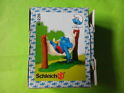 Boxed Smurf in a hammock complete