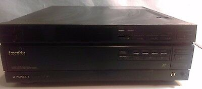 PIONEER LD -W1 Laser Disc CD Auto Changer Player  - Powers ON
