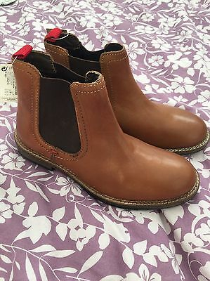 Next Unisex Kids Size 2 Tanned Chelsea Boots