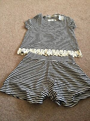 BNWT Next Girls Tshirt Shorts Set Age 10