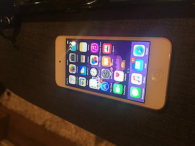 Apple iPod touch 5th Generation (Late 2012) Pink (32GB) (Latest Model)