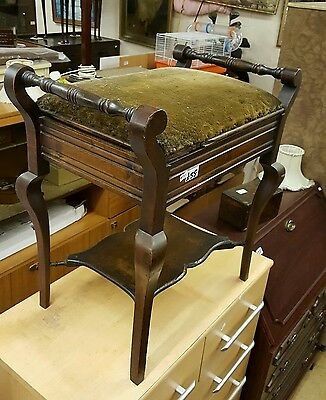 VINTAGE WOODEN PIANO STOOL - LIFT UP PADDED SEAT & STORAGE UNDER Ref 7768