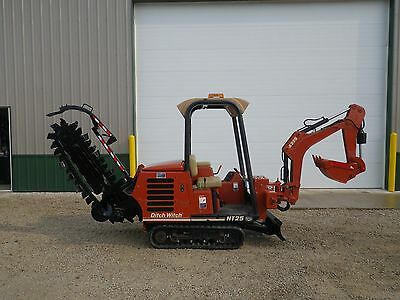 2006 Ditch Witch HT25 Rubber Track Trencher Backhoe Vermeer Mini Excavator