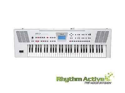 Roland Bk-3 61-Key 128-Voice Electronic Keyboard Piano W/speakers+Effects White