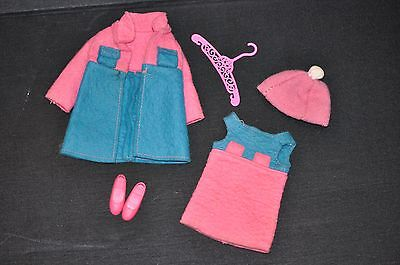 VINTAGE Barbie Doll 1970s SKIPPER # 1735 TWICE AS NICE PINK & BLUE OUTFIT Comple