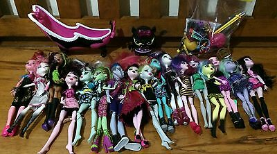 MONSTER HIGH DOLLS x 17 !!! + plus OVER 55 ACCESSORIES - KIDS COLLECTION