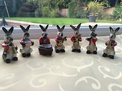 Rare Hand Painted 7Pc Pottery 'rabbit' Band Symphony Orchestra