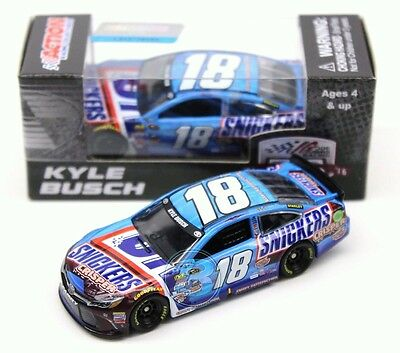 Kyle Busch 2016 ACTION 1:64 #18 Snickers Crisper Toyota Camry Nascar Diecast