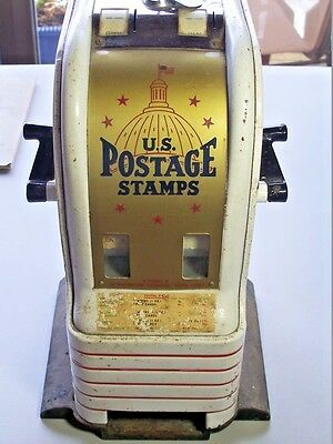 VINTAGE US POSTAGE STAMP VENDING MACHINE with key