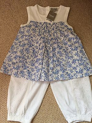 Girls age 2-3 Gorgeous NEXT outfit Flowered Top And White Cropped Trousers BNWT!