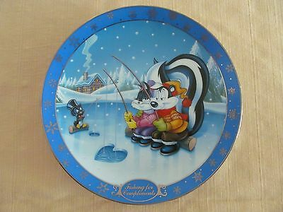 Pepe le Pew - Warner Bros. Gallery Collectors Plate, 'Fishing for Compliments'