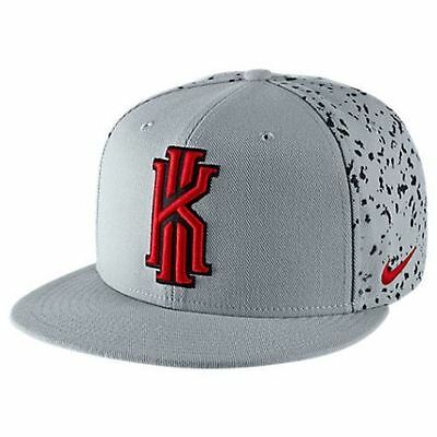 New Men's Nike Kyrie Take Notes True Snapback Hat (729495-012) Wolf Grey/Red