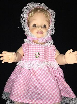 """2000 Playmates Amazing Babies Smart Response System- Interactive Doll 14"""" Inches"""