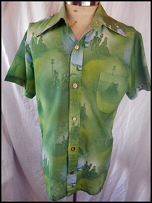 Vintage 70s Green Polyester Picture Print Summer Festival Short Sleeve Shirt M