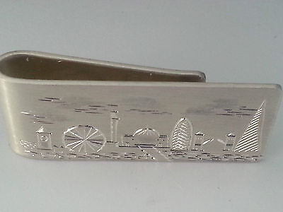 "silver money clip ""London scene"" 1 troy oz, fully hallmarked, hand engraved."