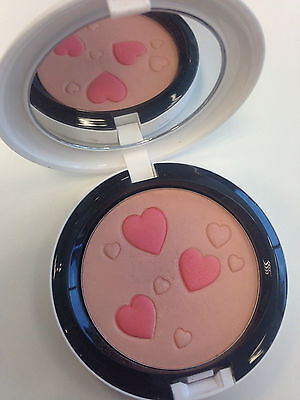 Mac Archie's Girls Flatter Me Pearlmatte Face Powder Blush Limited Edition