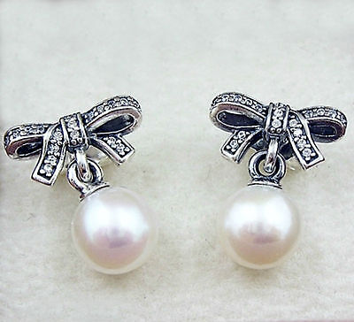Genuine Pandora Delicate Sentiments Pearl Studs Bow Earrings Silver - 290956CZ