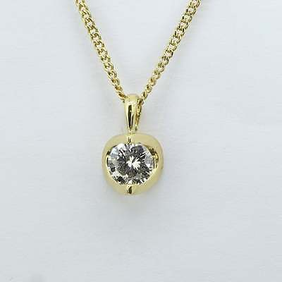 Pre-Owned 18ct  Diamond Solitaire Pendant And Chain