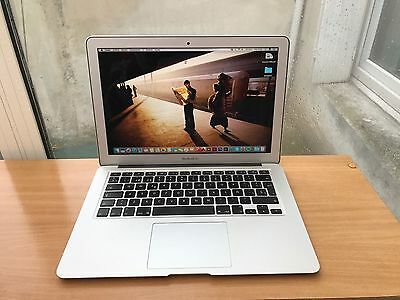 "Macbook air 13"" 256Gb disco 8Gb RAM OS Sierra"