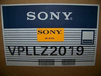 New Sony VPLL-Z2019 Projection Lens for Sony VPL-FX200 and VPL-FE100 Projectors