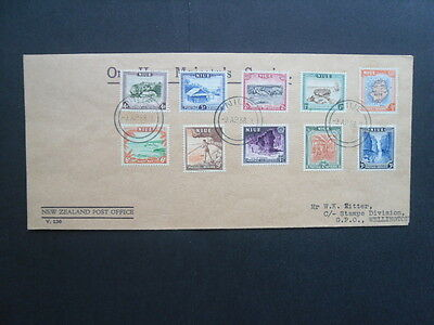 NIUE Cover with full set of the 1950 definitives SG.113-122 Nice item