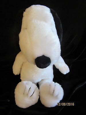 Plush Snoopy Stuffed Animal - Peanuts Charlie Brown Kohl's Cares For Kids