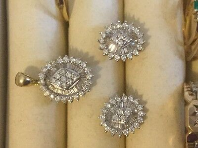 18k solid yellow gold with real diamond very elegant