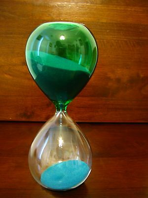 Sandtimer/Hourglass/Blue Sand/8 inches tall/Brand New-Eye-catching.30 minutes