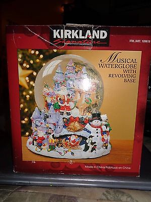 """Kirkland Musical Waterglobe with revolving base """"santa claus is coming to town"""""""