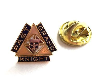 Vintage 10K Gold Filled Knights Of Columbus Past Grand Knight Lapel Shirt Pin