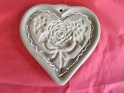 "Hartstone Pottery Cookie Mold Heart with Roses 5"" x 5 1/2"" Hand Script Logo"