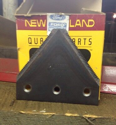 5 Pack Of 39880 OEM New Holland Knife Sections For 741 742 743 842