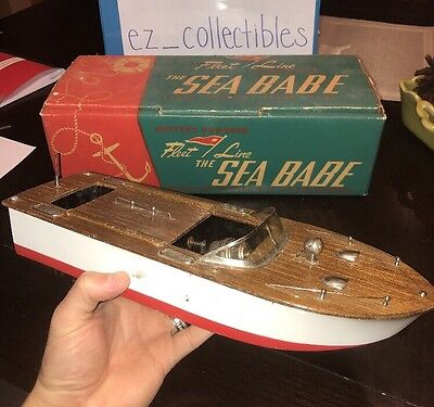 Vintage 1950's Fleet Line Sea Babe Battery Powered Boat Working