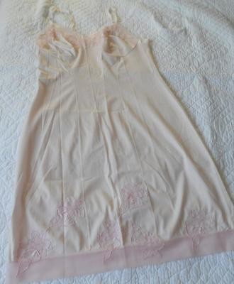 Vintage 1960's Dominant Pink Nylon Petticoat Full Slip Applique Flower Trim Sw
