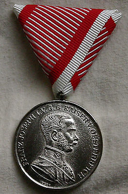 AUSTRO-HUNGARIAN WW1 1st CLASS SILVER BRAVERY MEDAL